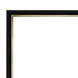 Узкая черная деревянная рамас золотой линией по внутреннему краю